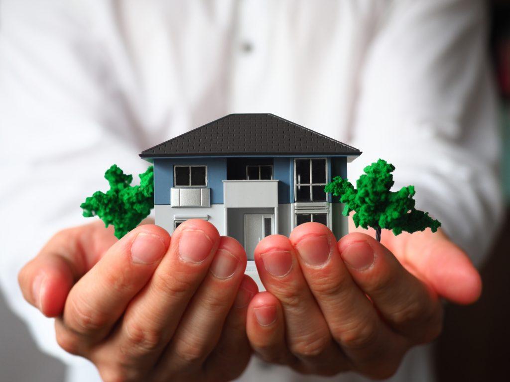 不動産買取とは?不動産売却は仲介と買取どちらにするべき?